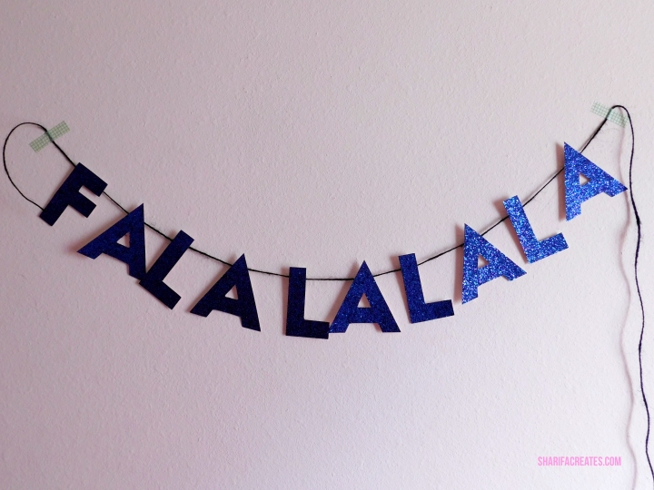 how to make a christmas carol letter banner